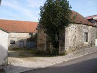 Grange, corps de ferme 180m²